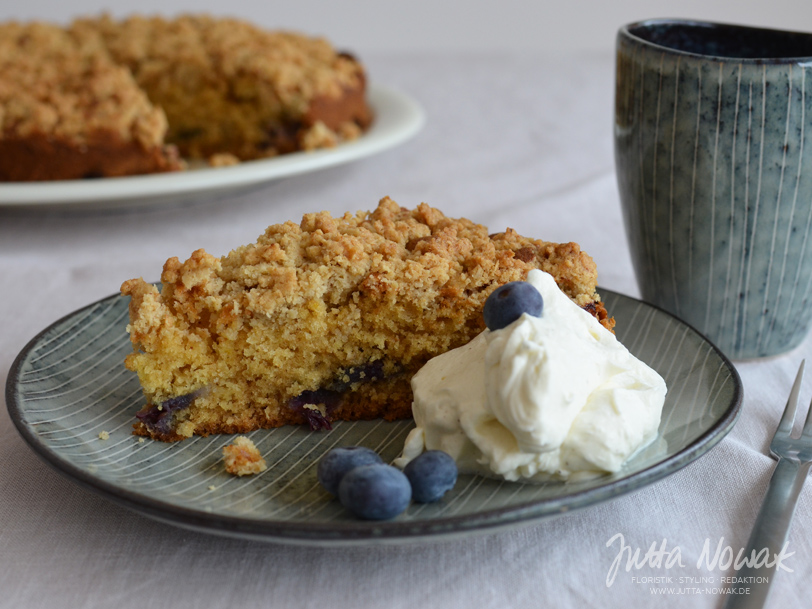 Rezept für Buttermilch-Blaubeer-Streusel-Kuchen von Jutta Nowak