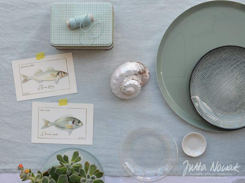 jutta-nowak-blog-styling-collage-sommer-gruentoene-gelb-muschel-fische-materialauswahl