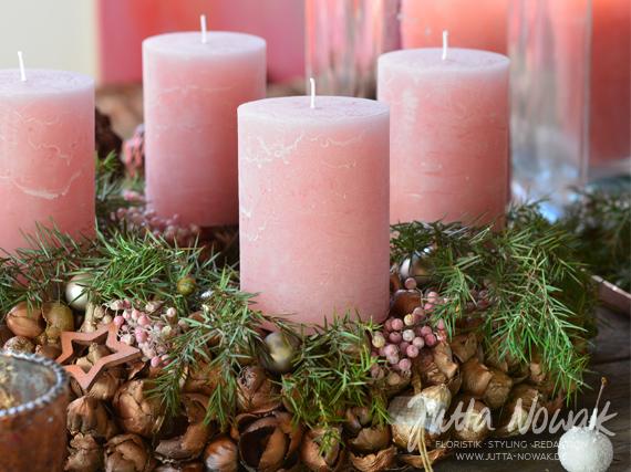 Adventsausstellung 2014 Jutta Nowak: Adventskranz rosa-kupfer