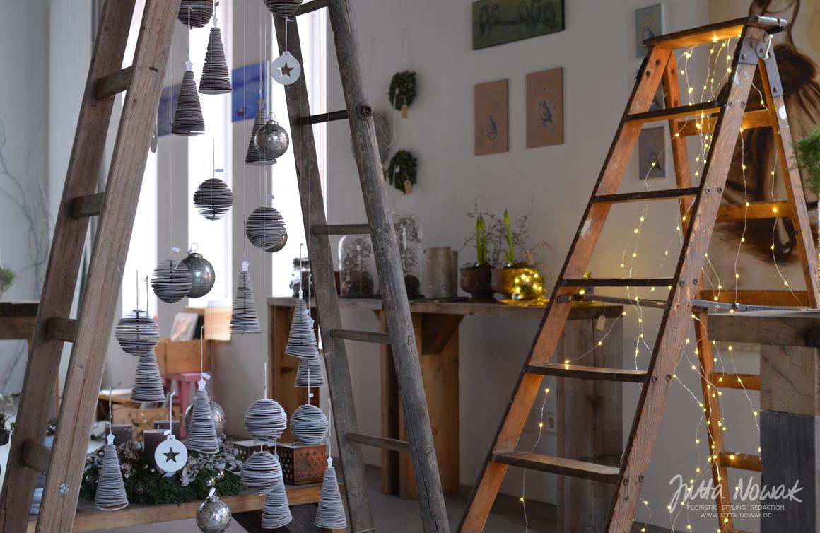 Jutta Nowak: Adventsausstellung 2015, Xmas Tree aus Leitern