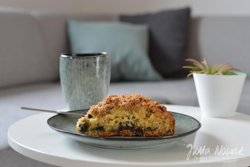 Jutta Nowak Blog: 12 von 12 März 2016 - Blaubeer-Buttermilch-Kuchen und Kaffee