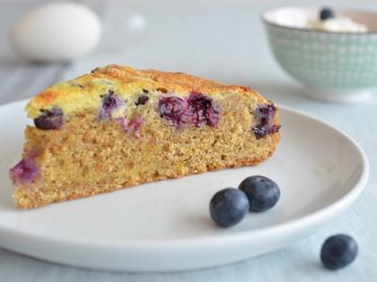 Jutta Nowak Blog: Rezept für einen Dinkel-Vollkorn Mandelkuchen mit Blaubeeren und Schmandguss