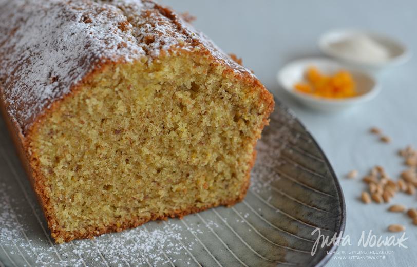 Jutta Nowak Blog: Rezept für einen saftigen Orangenkuchen mit Mandeln und Dinkel-Vollkornmehl